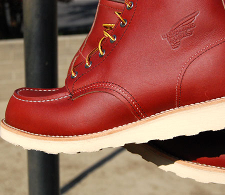 The 875 by Red Wing