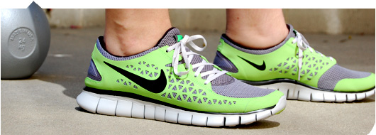 nike frees barefoot running
