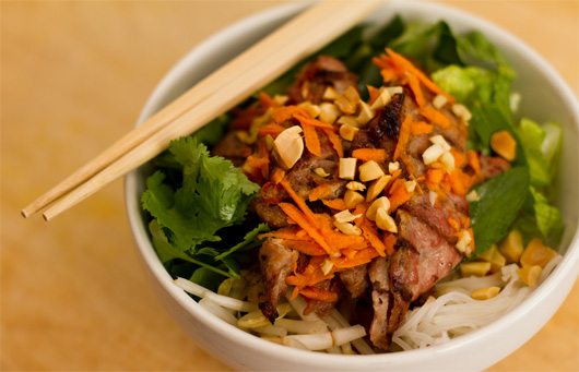 Gamer Kitchen: Vietnamese BBQ Pork with Rice Noodle Salad
