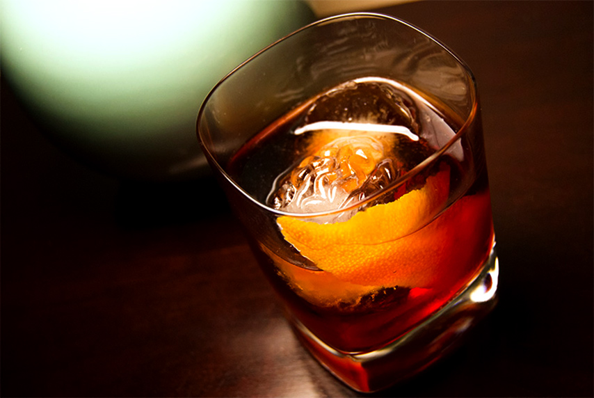 Pisco Negroni cocktail