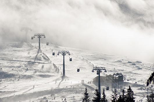 snowboarding winter date idea