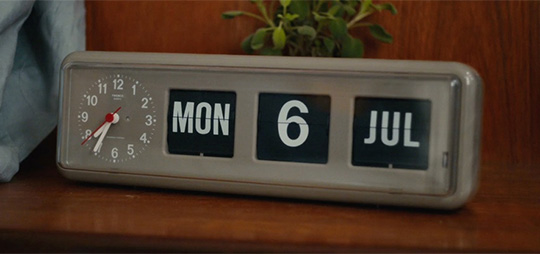 Master of None flip clock - Twemco