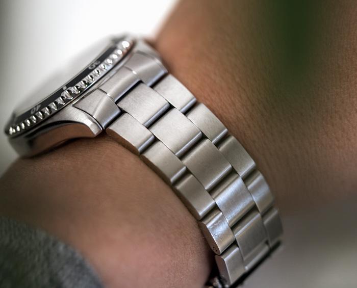 Oyster watch strap