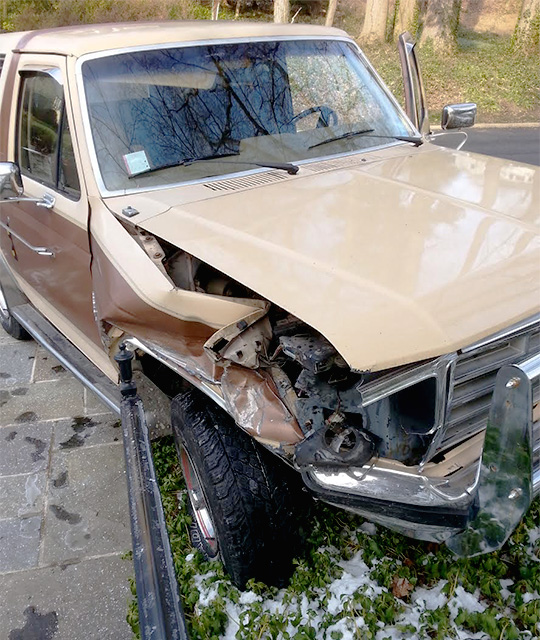 Ford Bronco wreck