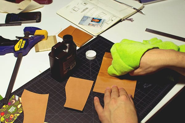 Make a leather wallet - 08
