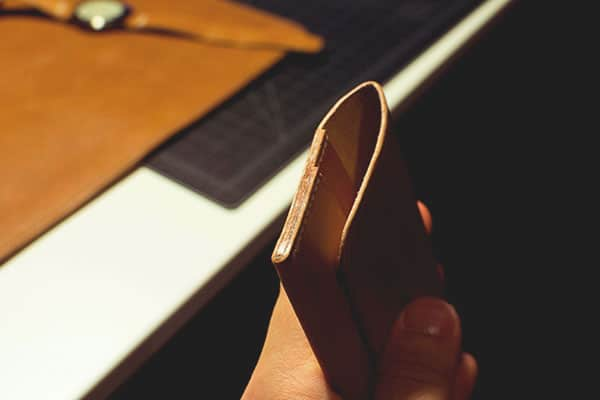 Make a leather wallet - 39