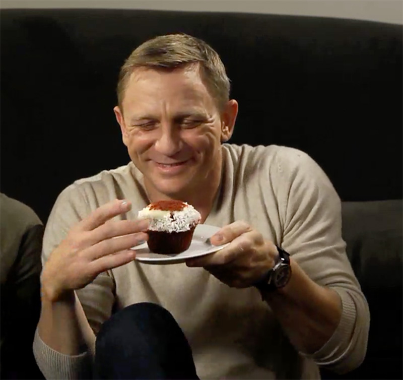 Daniel Craig Eating Cupcake