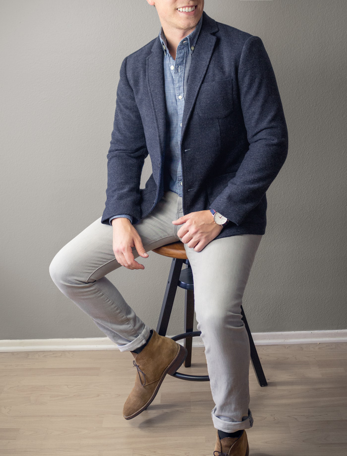 tweed sport coat with chambray shirt gray jeans and suede chukka boots