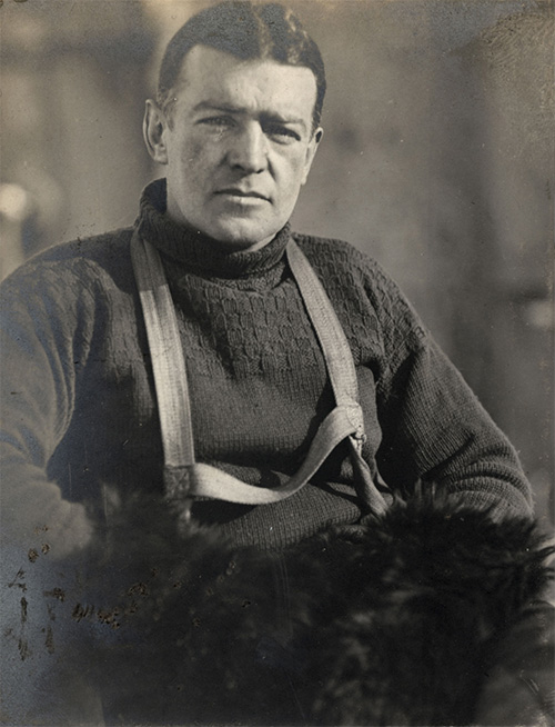 leadership in crisis ernest shackleton and Ernest shackleton: model for leadership in order to lead a group of men in a crisis situation, shackleton realized that the best way.
