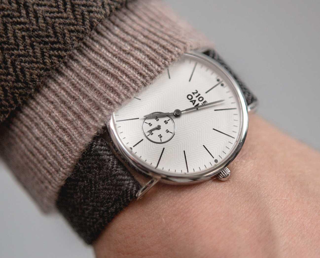 210 east oak watch