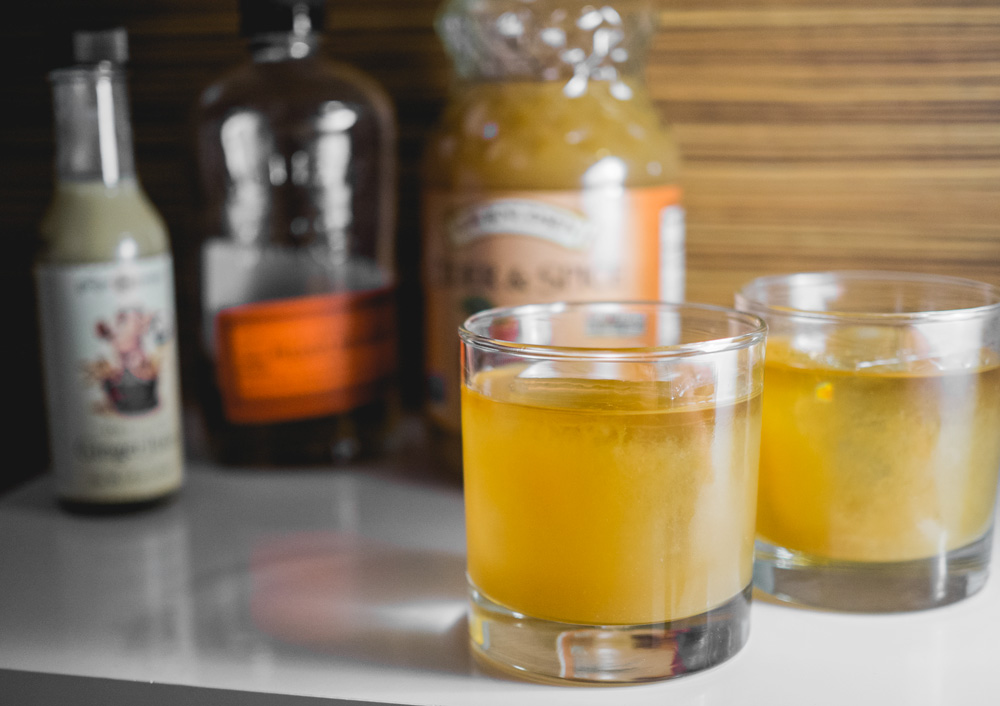 Easy fall cocktail for Thanksgiving - apple cider cocktail
