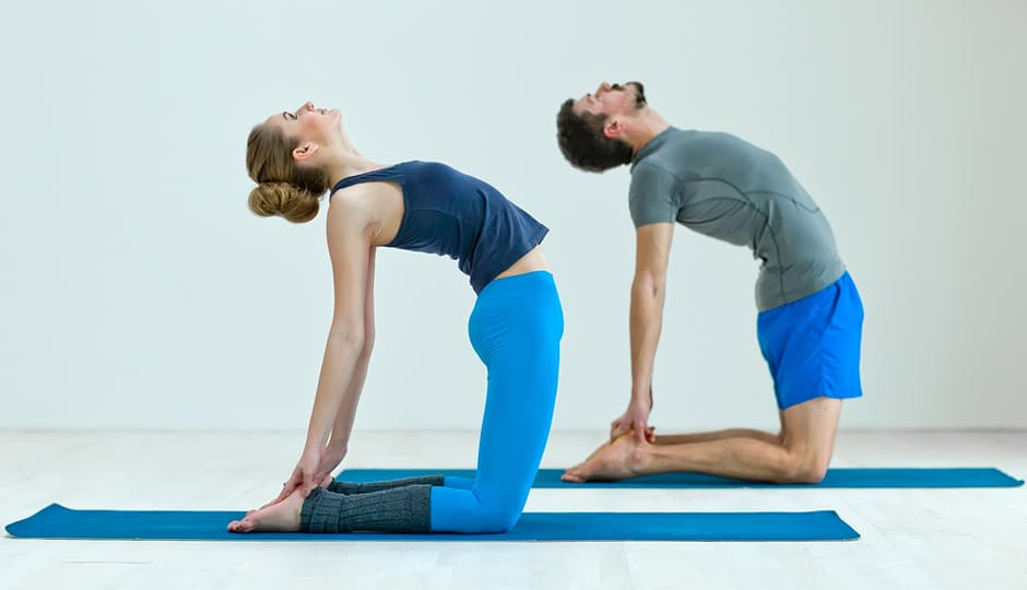 couples yoga - gift ideas women