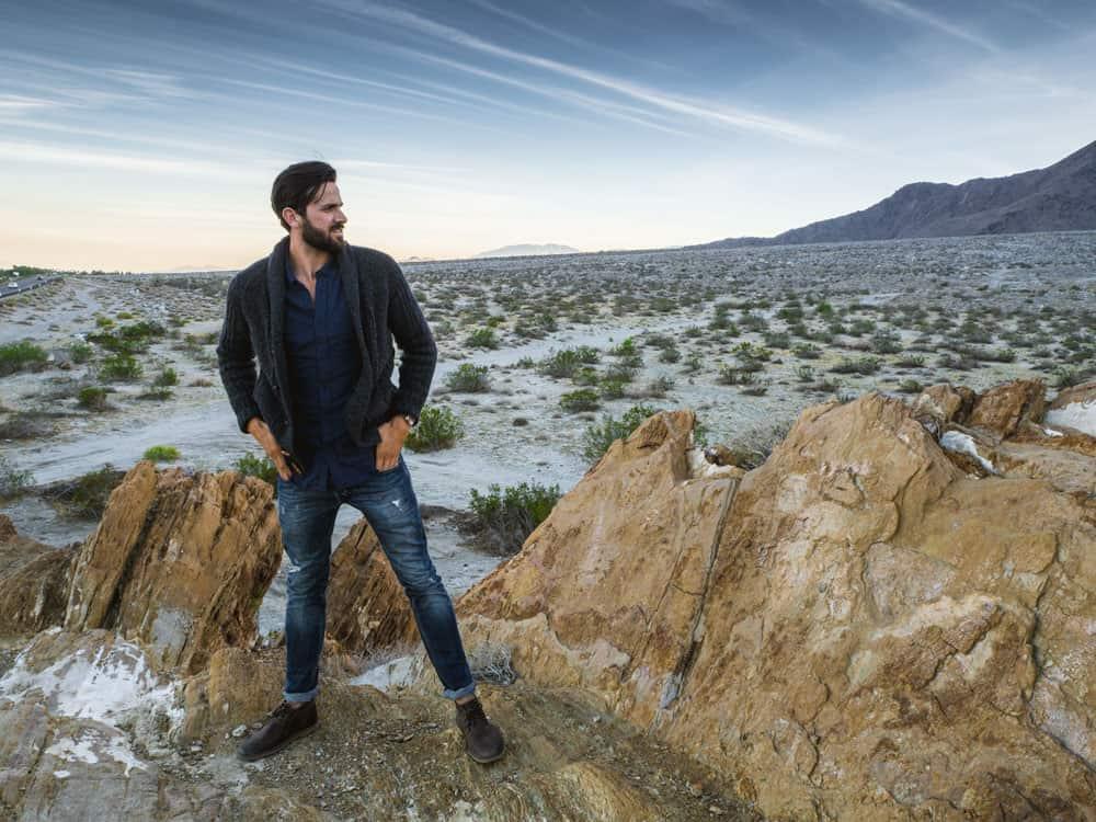 Shawl collar cardigan men fashion in desert