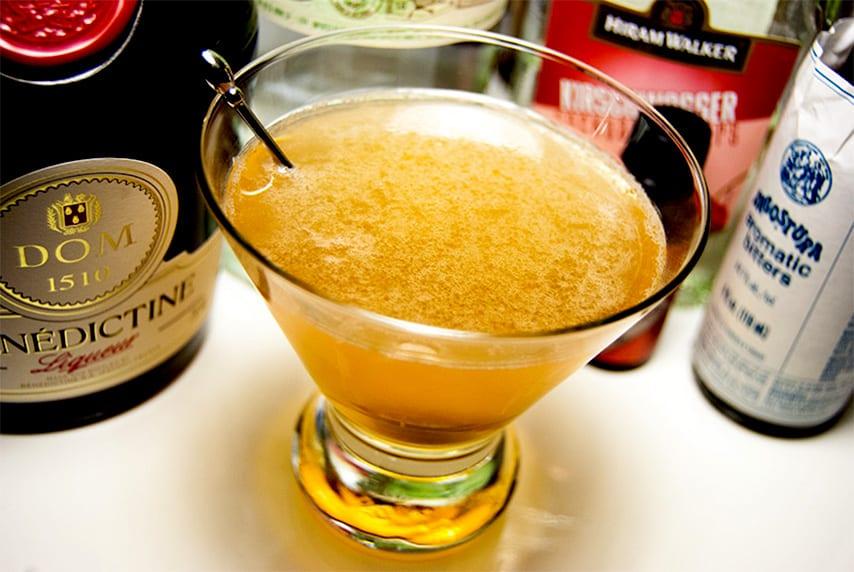 strait jacket drinks with gin