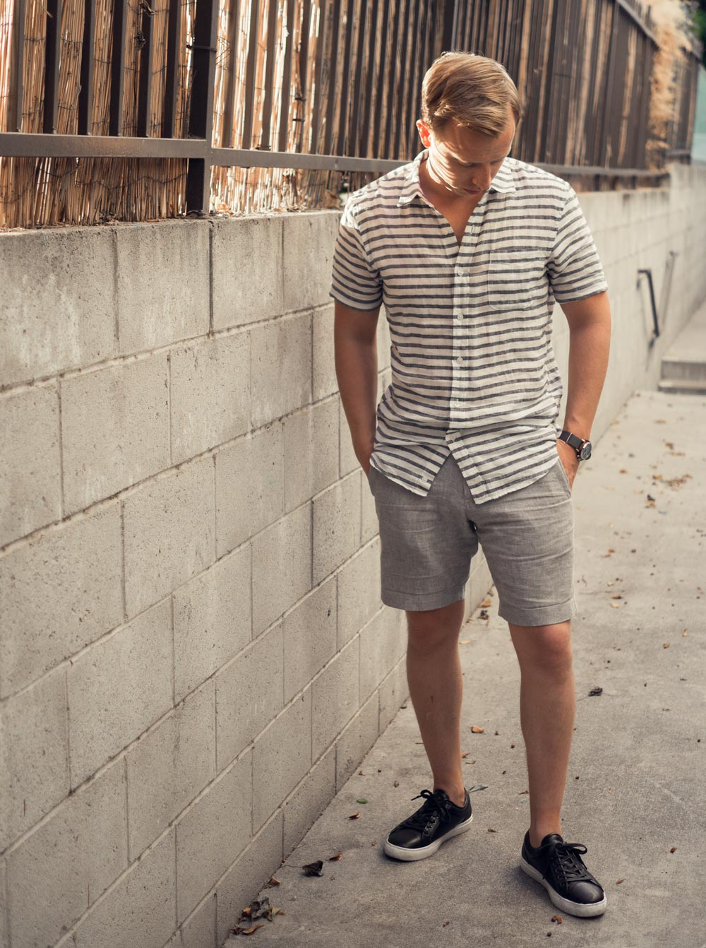 men summer fashion stripe shirt gray shorts black sneakers