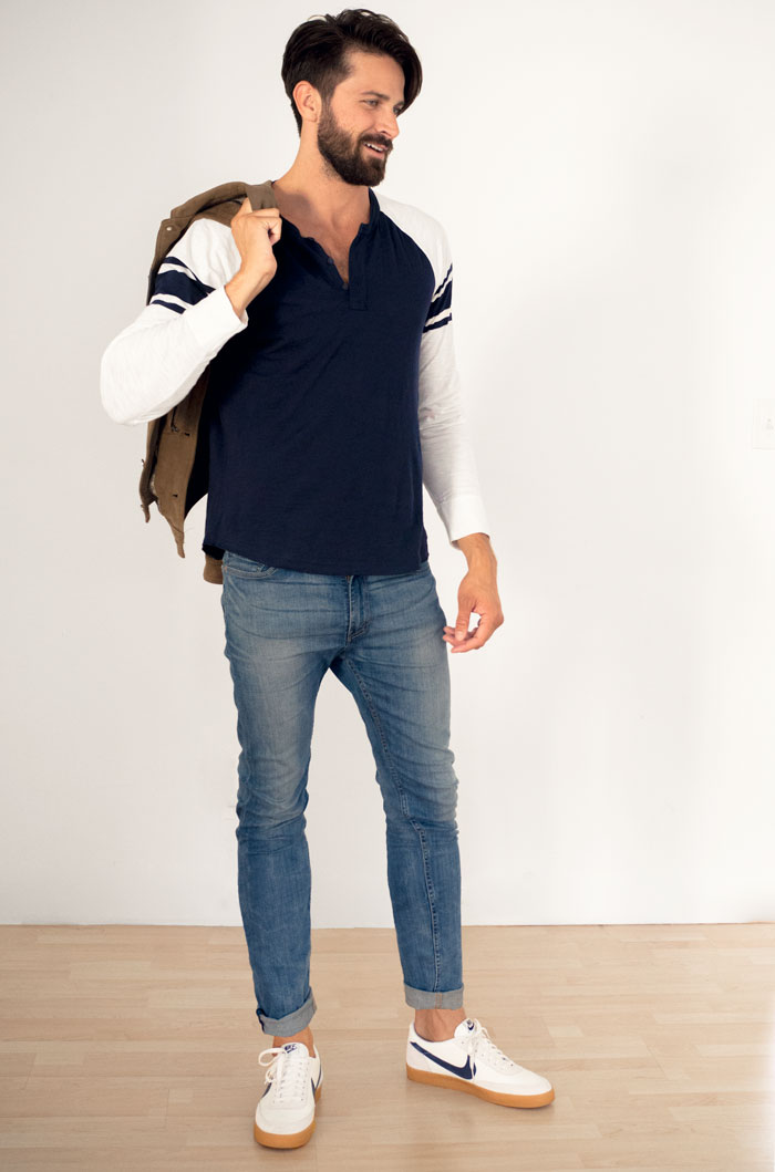 casual men outfit henley jeans nike killshot