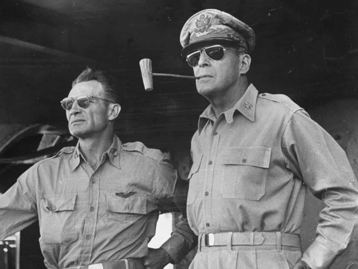 aviator sunglasses history macarthur