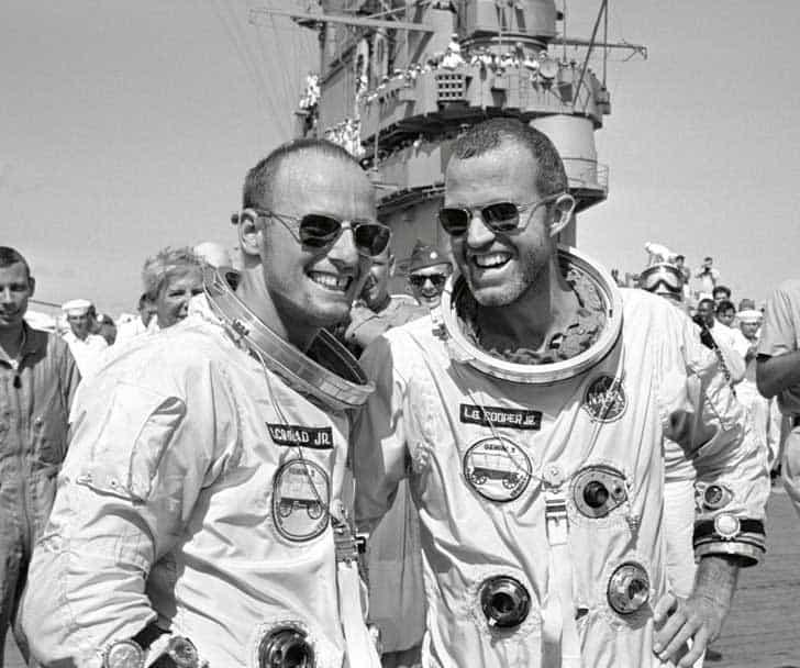 square frame aviator astronauts