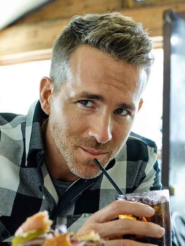ryan reynolds short hair