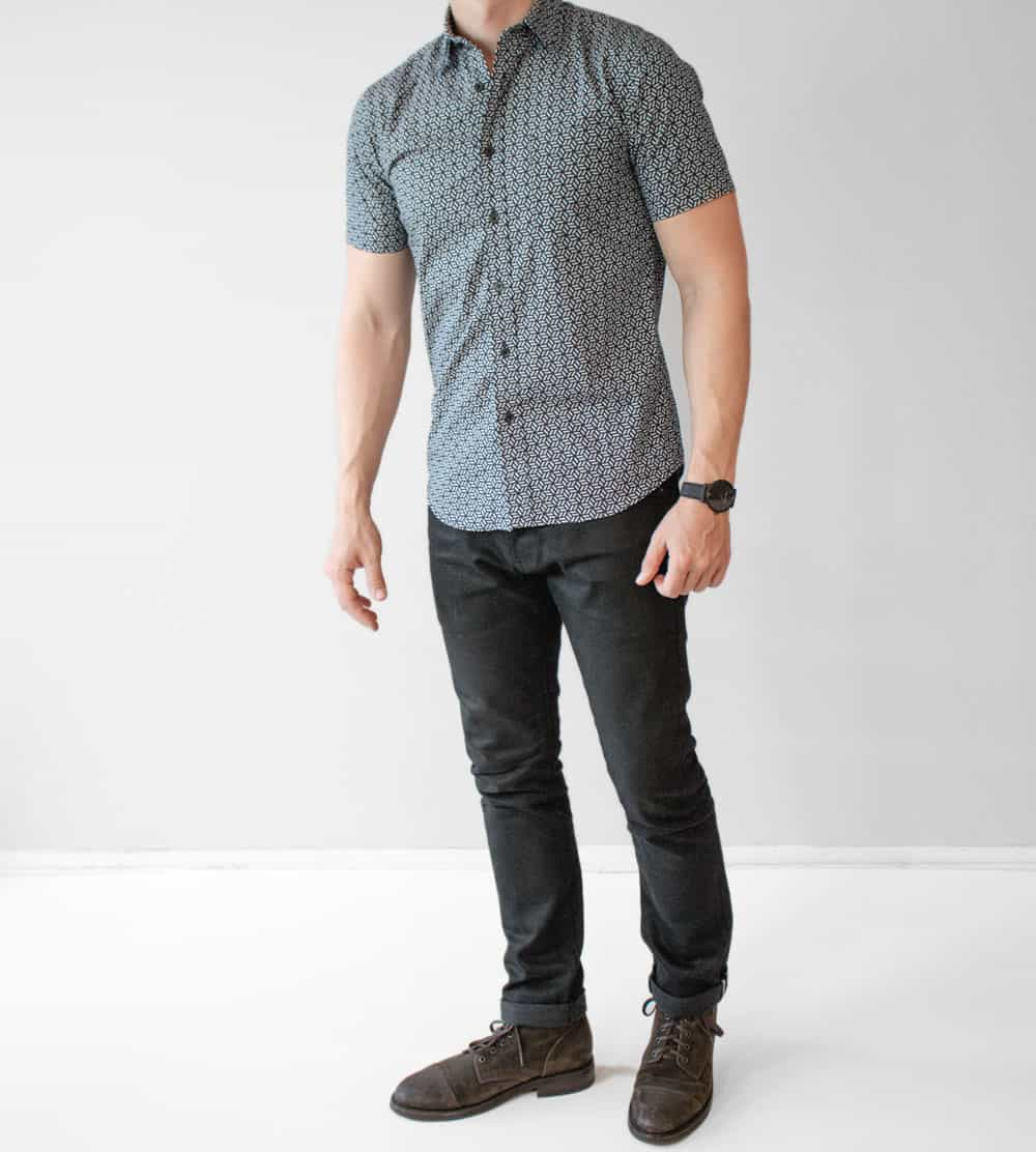 what to wear on a casual spring date - mens fashion inspiration - short sleeve shirt black jeans