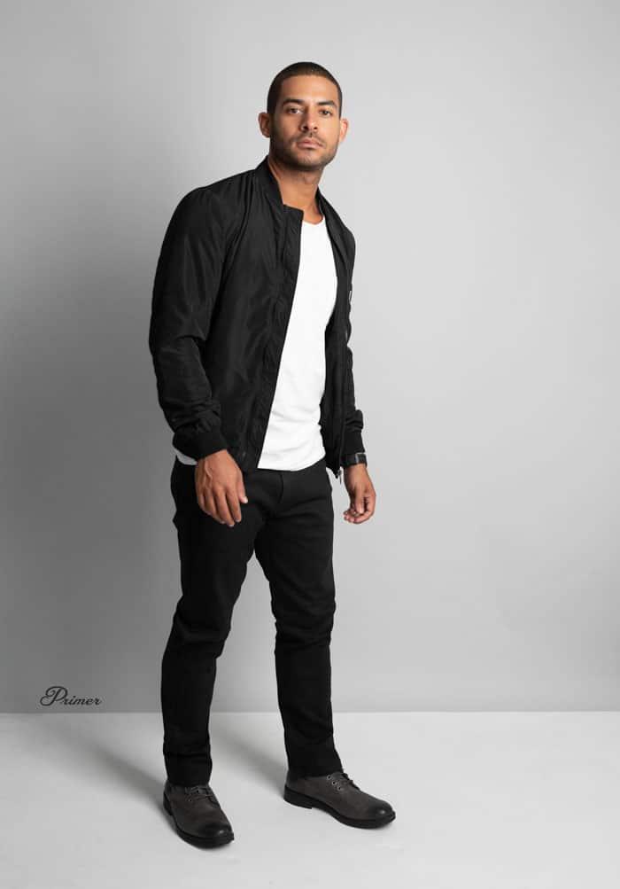 41b8eb8526a black bomber white tshirt black jeans boots LA minimalism fashion