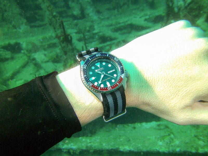 Seiko Automatic dive watch water resistance
