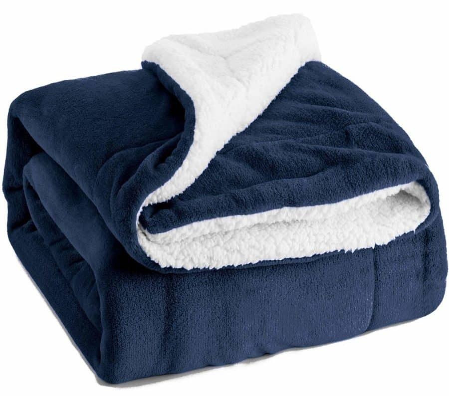 Image of BEDSURE Sherpa Fleece Blanket Throw Size Navy Blue Plush Throw Blanket Fuzzy Soft Blanket Microfiber