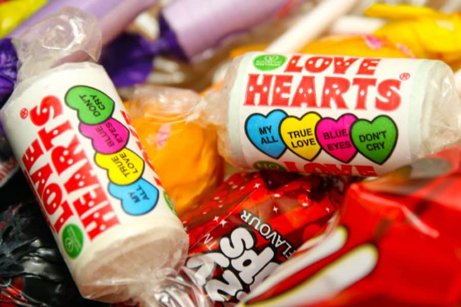 Image of love hearts photo by Nick Fewings