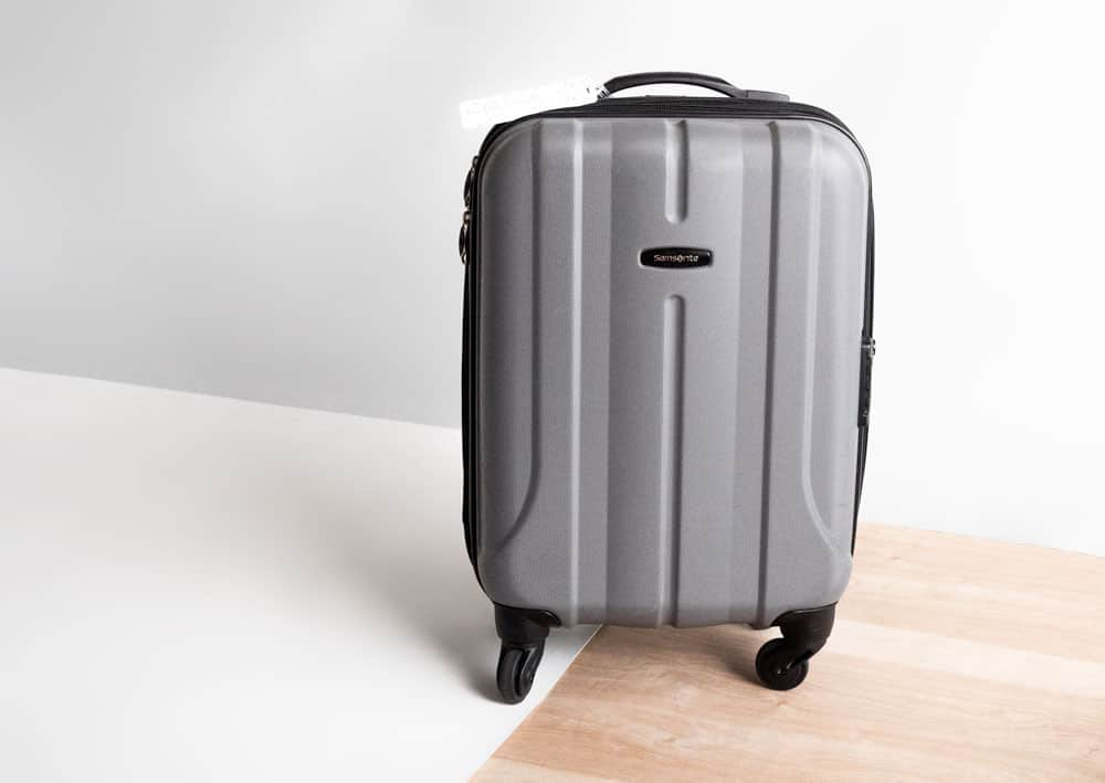 samsonite hardshell carryon