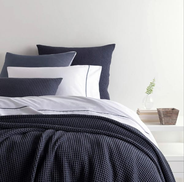 blue pine cone bedding cover