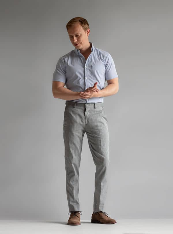shrot sleeve dress shirt with gray dress pants men summer work outfit