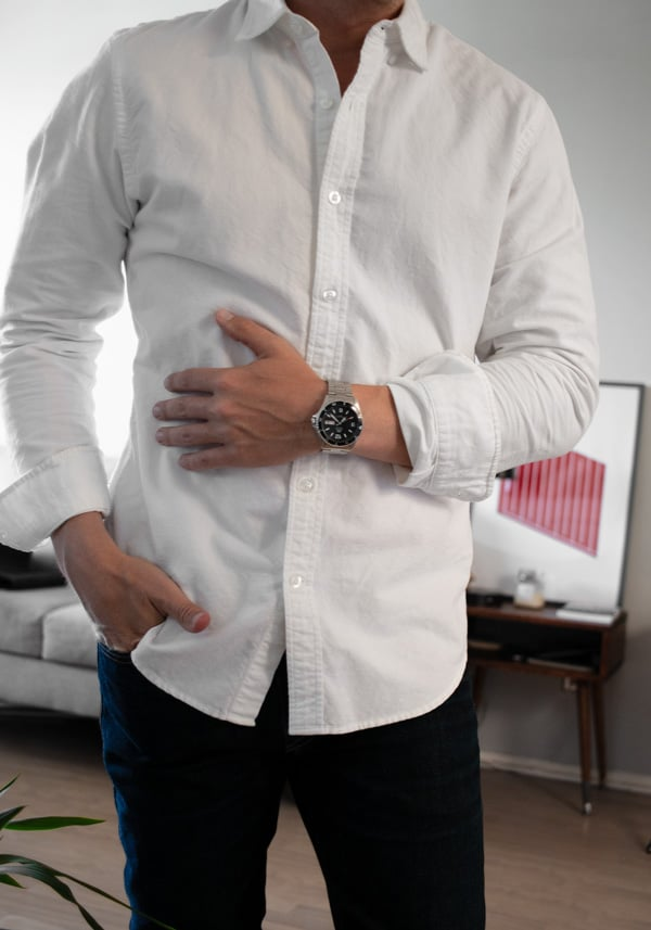 dive watch white shirt jeans