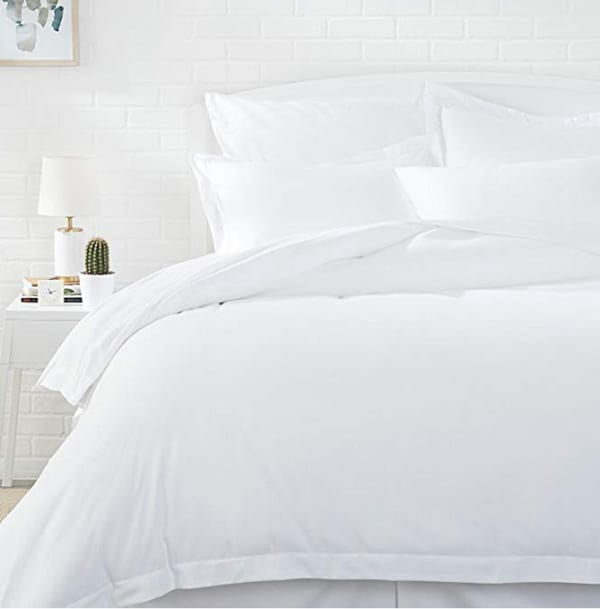 AmazonBasics Microfiber Comforter Duvet Cover and Pillow Sham Set - Full or Queen, Bright White