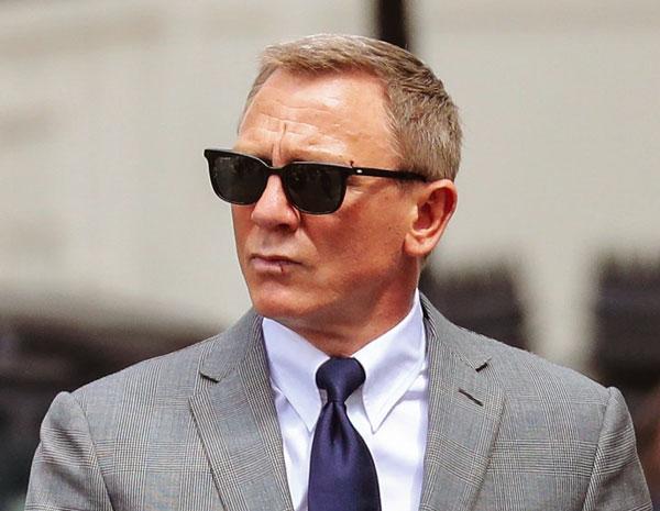 daniel craig sunglasses bond 25