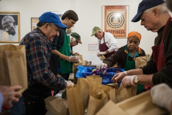donate-food-bank-women-gift-guide