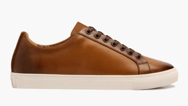 brown leather low top lace up mens sneaker shoes