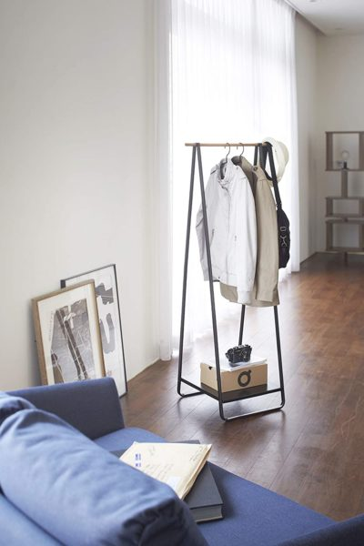 standing-hanger-home-interior-picks.jpg