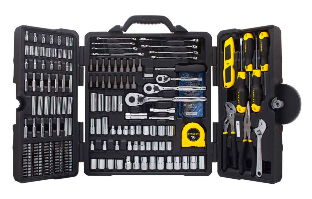 stanley-tool-set-fathers-day-gift-guide.jpg