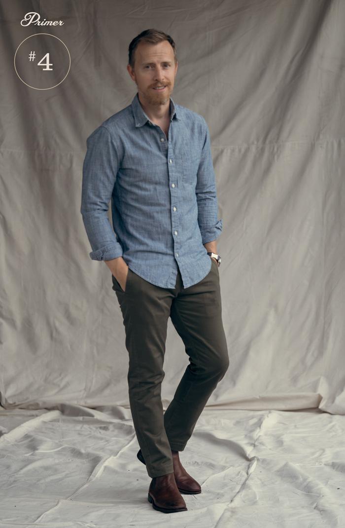 camisa de cambraia calças cáqui