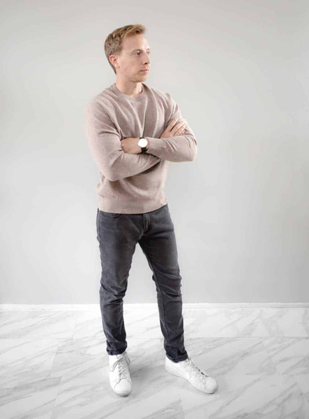 man wearing a cashmere sweater