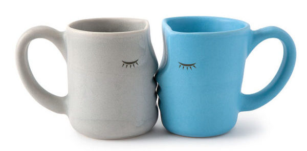 kissing mugs from uncommon goods