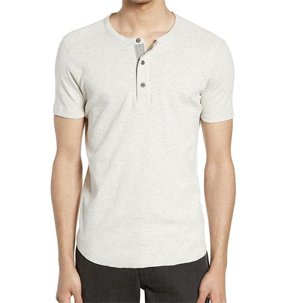 camisa de manga curta henley