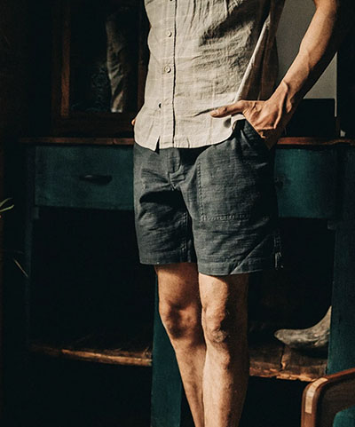reverse sateen material trail shorts taylor stitch