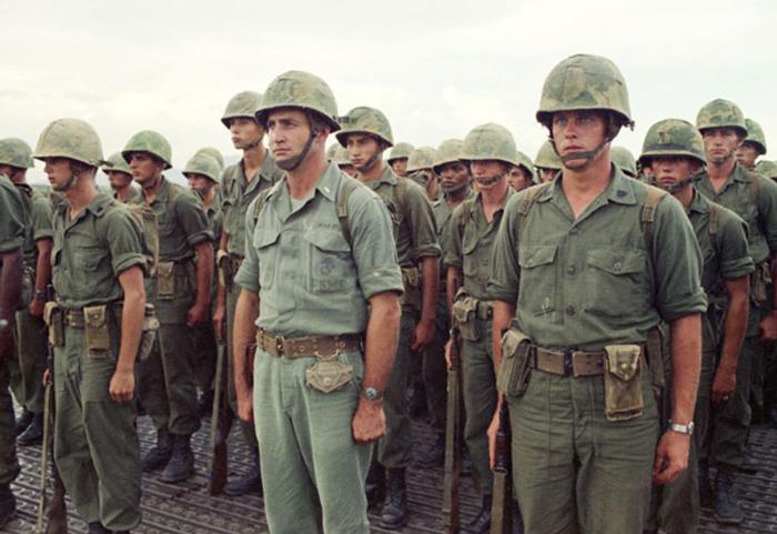 soldiers wearing og 107 fatigue pants