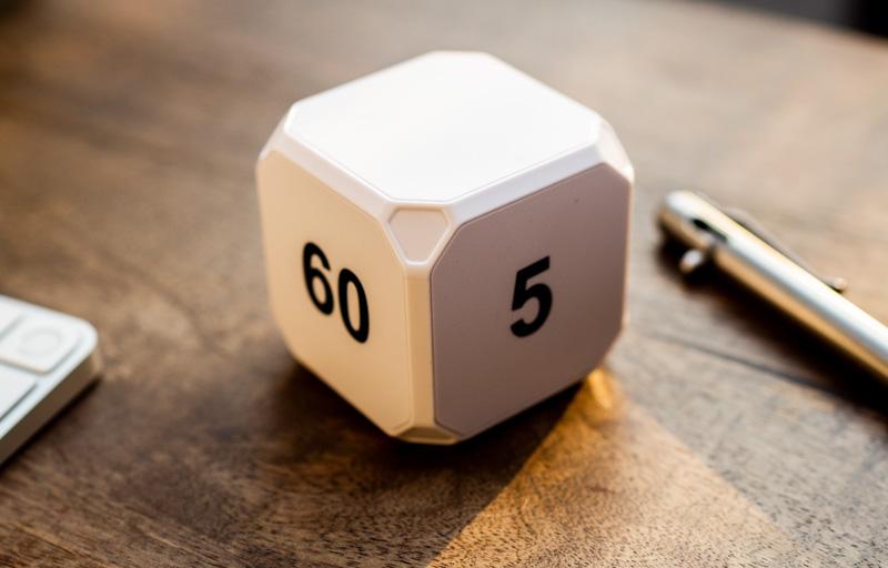 Time cube desk timer